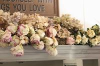 """gorgeous shabby chic fall decor! 