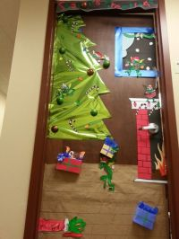 Gremlins Christmas Door Decorating Contest | This is ...