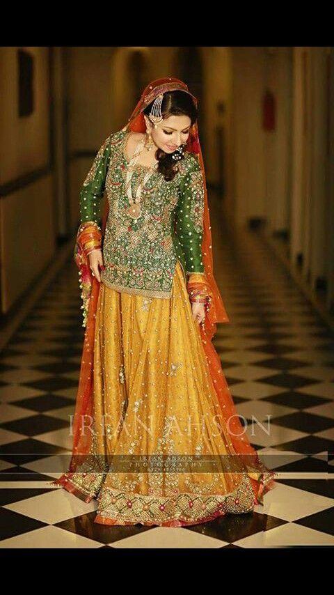 mehndi bride: