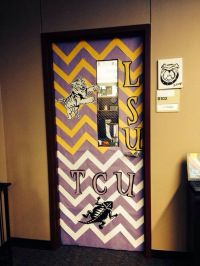 College door decorating contest! | DIY | Pinterest | Doors ...