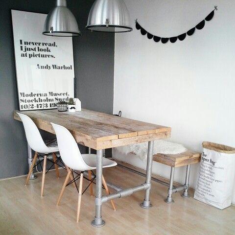 Minimalistisch im nordischen Stil Dazu eine graue Wand #KOLORAT - esszimmer graue wand