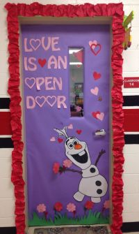 Olaf Valentine's door!   Valentine's Decorating Ideas ...