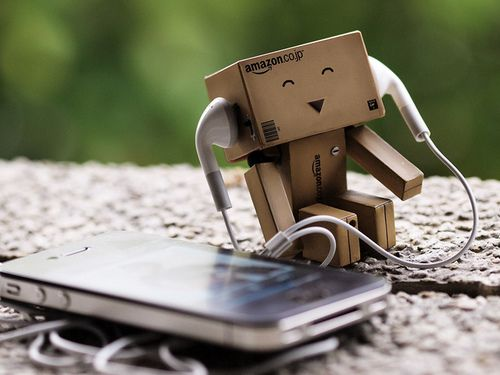 Cute Amazon Box Robot Wallpaper Finally Danbo Is Happy And Listening To Music Danbo