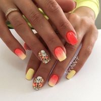 25 Butterfly Nail Art Ideas | Sun, Holiday looks and Nail ...