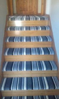 Striped stairs carpet with laminate | Stairways ...