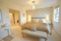 cream and gold bedroom designs