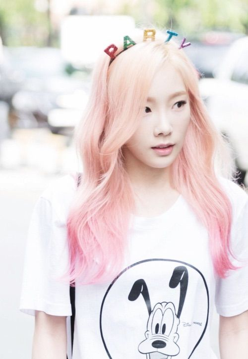 Seohyun Cute Wallpaper Blonde Fashion Snsd And We Heart It On Pinterest