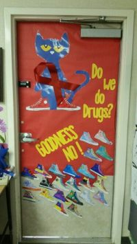 Our 1st grade Pete the Cat Red Ribbon week door ...