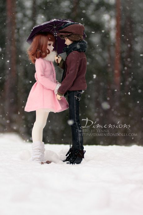 Wallpapers Fofo Cutes Ball Jointed Dolls Snow And Walk In On Pinterest