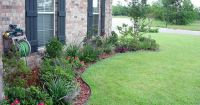 flower bed designs for front of house | Use shrubs /small ...