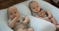 Twin Essentials--good advice about breastfeeding pillows ...