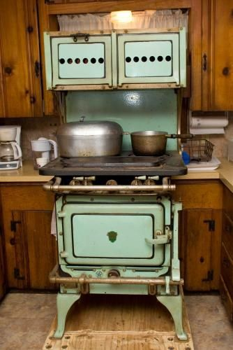 1000+ Ideas About Antique Kitchen Stoves On Pinterest | Stoves