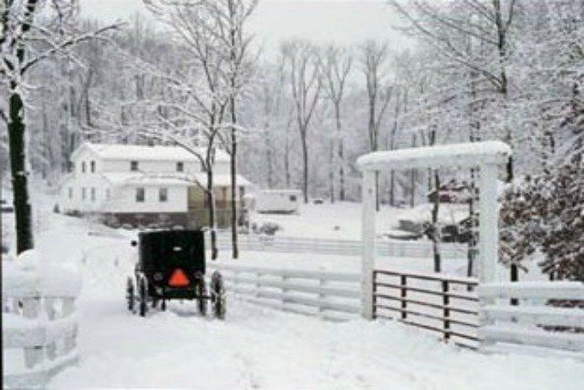 Philadelphia In The Fall Wallpaper An Amish Winter Scene Amish Country Pinterest