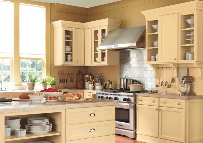 Martha Stewart Turkey Hill Kitchen Cabinets Martha Stewart Traditional Kitchen In Off White With