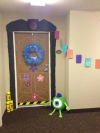 1000+ ideas about Sorority Door Decorations on Pinterest ...