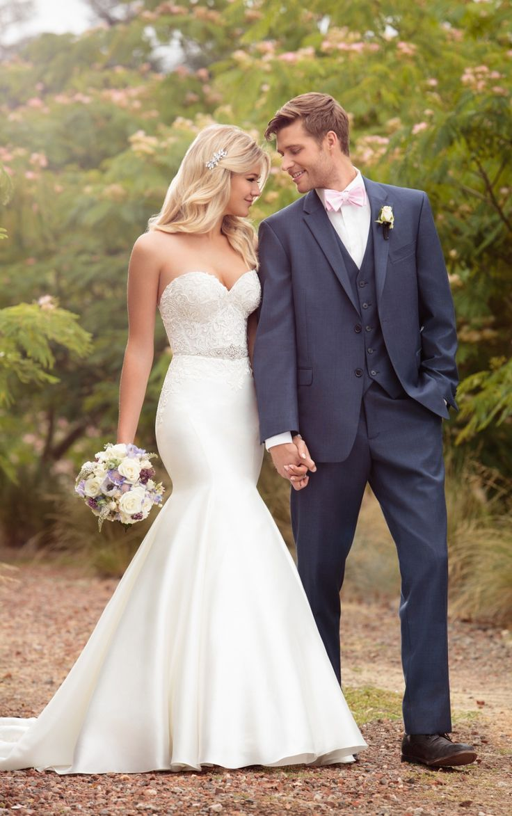 sleek wedding dress detachable wedding dresses 25 Best Ideas about Sleek Wedding Dress on Pinterest Modern wedding dresses Sarah seven wedding dresses and Petite bridesmaids gowns