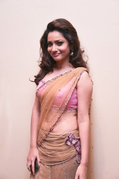 Ankita Lokhande Hd Wallpaper Ankita Lokhande Height Weight Bollywoodcolor Pinterest
