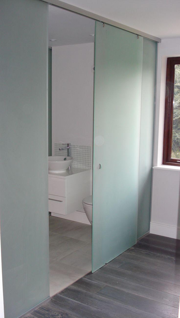 35 Small Bathroom Design Ideas to Maximize Space