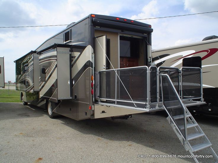 Thor Outlaw 38re Quotresidence Editionquot With Patio Deck And