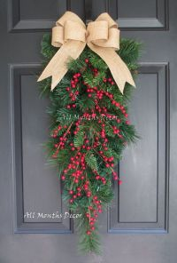Best 25+ Red berries ideas on Pinterest | Diy door wreaths ...