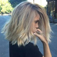 25+ best ideas about Growing Out A Bob on Pinterest ...