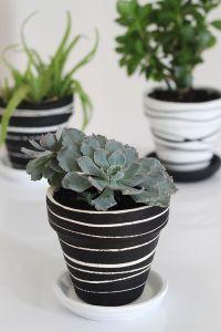 25+ best ideas about Painting pots on Pinterest