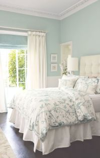 1000+ ideas about Light Green Bedrooms on Pinterest ...