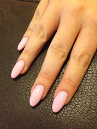 The 25+ best ideas about Pink Oval Nails on Pinterest ...