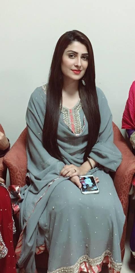 Simple Pakistani Girl Wallpaper Ayeza As Elma In Tum Kon Piya Sohni Kudi Pinterest