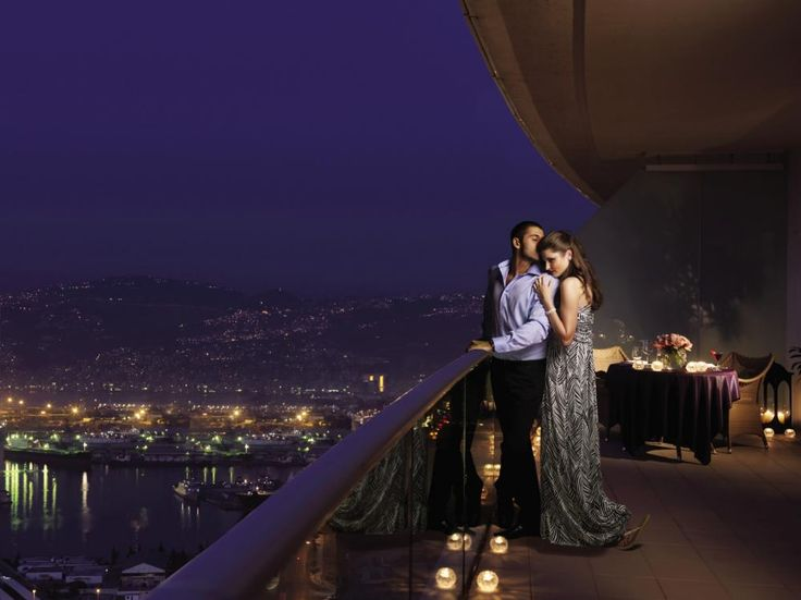 Sweet Cute Couple Hd Wallpaper A Romantic Dinner On The Balcony Jpg 1000 215 749 The Lost