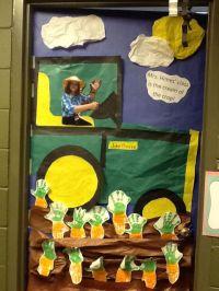 Farm unit door decoration | Crafts | Pinterest | Classroom ...