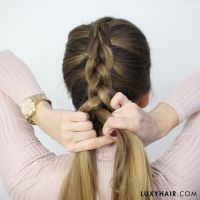 How To Do a Dutch Braid: Hair Tutorial For Beginners ...