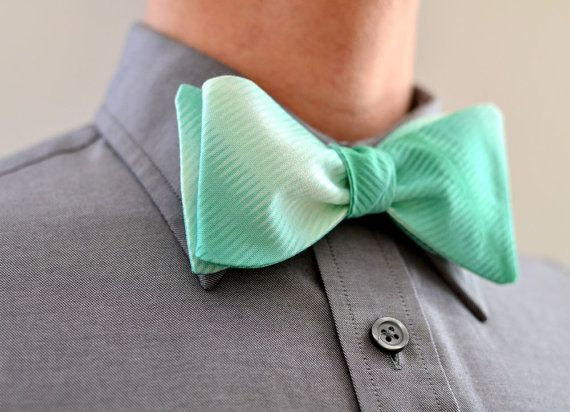 Men's Bow Tie in Mint Ombre
