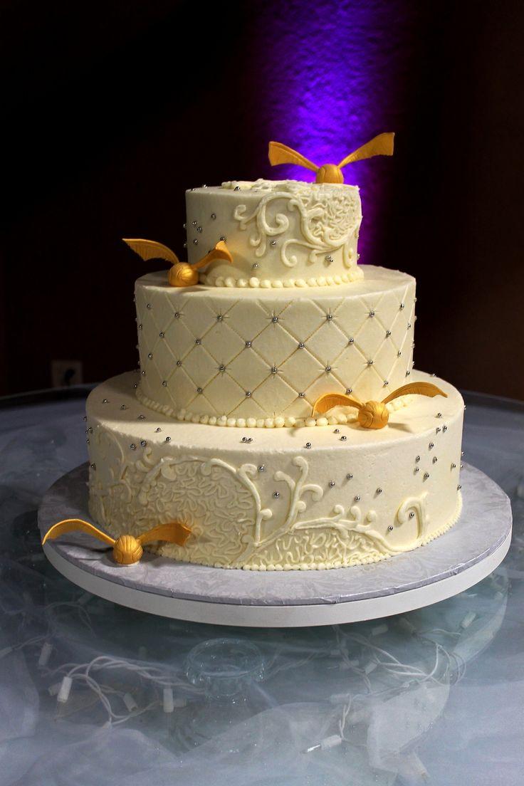 harry potter wedding theme harry potter wedding bands Harry Potter Cake Harry Potter Wedding Cake Gold snitch buttercream