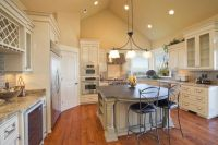 1000+ ideas about Vaulted Ceiling Lighting on Pinterest ...