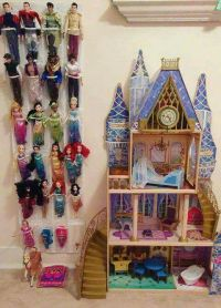 Best 25+ Barbie storage ideas on Pinterest | Barbie ...