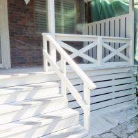 Best 25+ Wood deck railing ideas on Pinterest | Deck ...