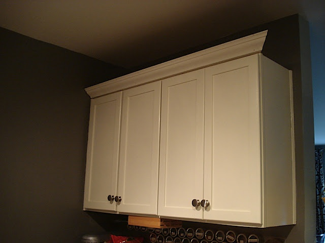 Small And Chic In Cville Adding Crown Molding To Kitchen
