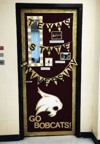 25+ best ideas about College door decorations on Pinterest