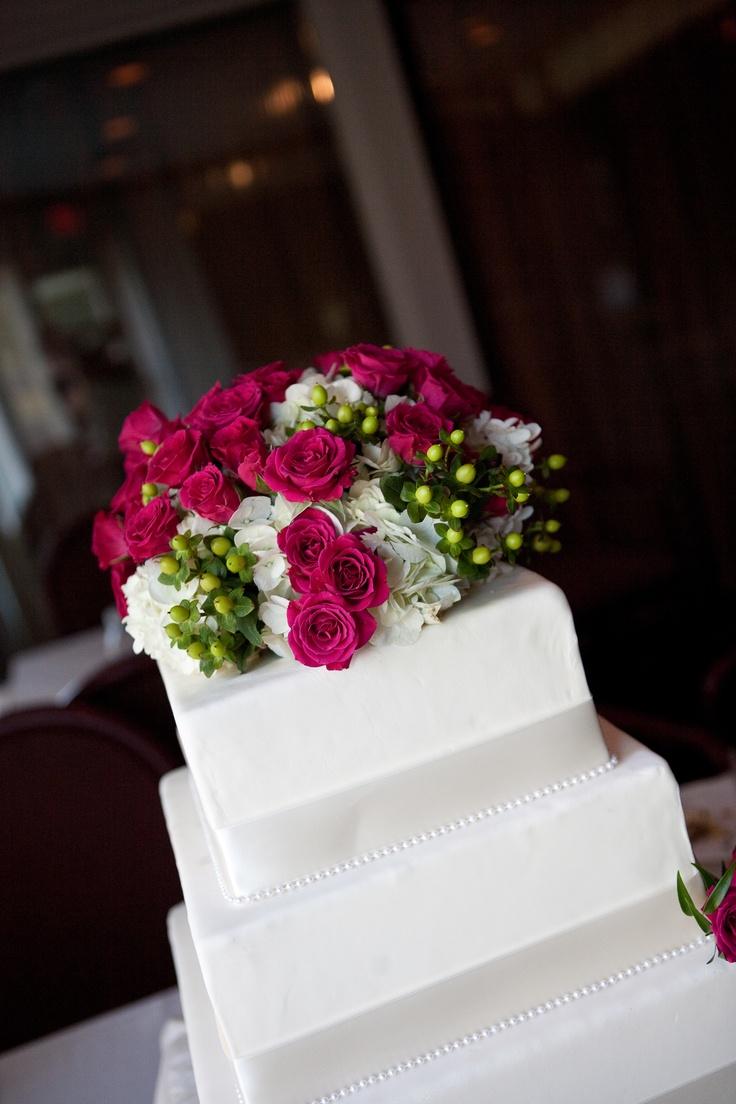 fake wedding cakes fake wedding cakes 25 Best Ideas about Fake Wedding Cakes on Pinterest Wedding cake bubbles Winter wonderland cake and Pearl cake