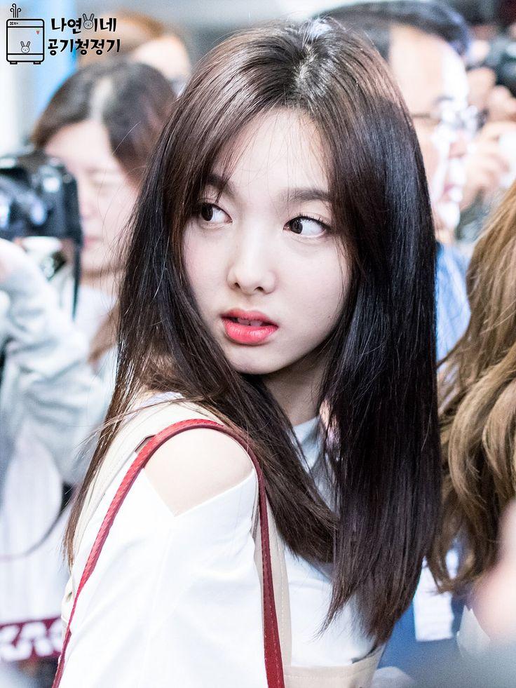 Dahyun Twice Beautiful Girl Wallpaper Nayeon Nayeon Pinterest Women S Kpop And Comment