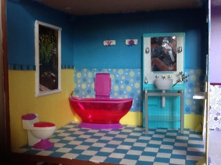 Barbie Girl Doll Wallpaper Barbie Dollhouse Bathroom Diy Diy Large Barbie Dollhouse