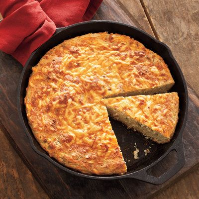 Sour Cream Cornbread - Savory Cornbread Recipes | Cooking recipes, Skillets and Southern cooking ...