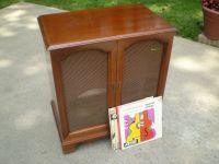 MAGNAVOX Mid Century Record Cabinet wood mahagony storage ...