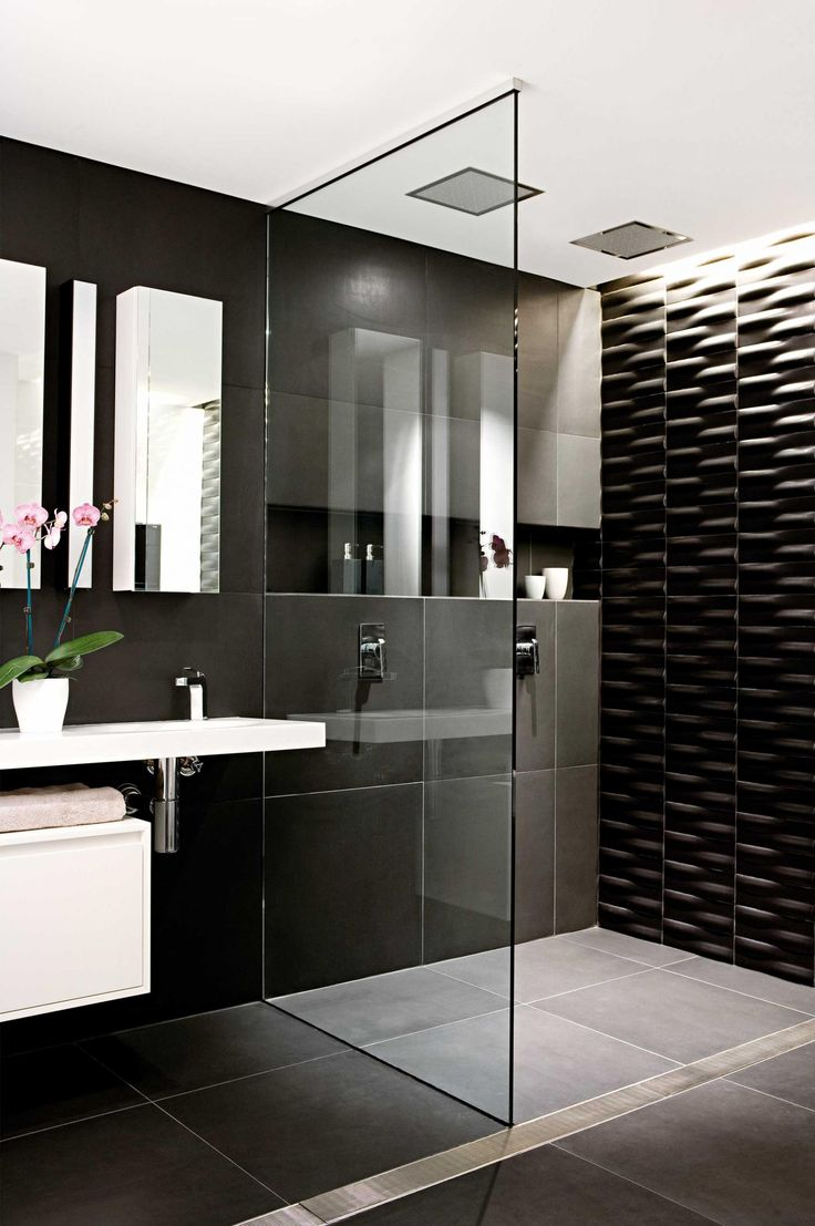 17 best ideas about black white bathrooms on pinterest bathroom white subway tile bathroom and subway tile bathrooms