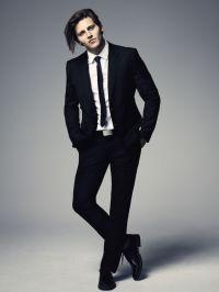 Skinny black tie & white shirt, black suit...Los Angeles ...