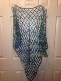 1000+ ideas about Crochet Triangle Scarf on Pinterest ...