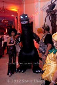 1000+ ideas about Godzilla Costume on Pinterest   Cosplay ...