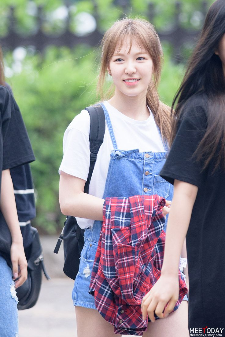 Other red velvet s airport fashion celebrity photos onehallyu - Other Red Velvet S Airport Fashion Celebrity Photos Onehallyu White Tee Denim Overalls Red Flannel Download