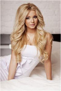 25+ best ideas about Loose curls hairstyles on Pinterest ...